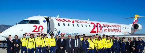 equipo-Villarreal-estrenado-aeropuerto-Castellon_EDIIMA20150114_0707_3[1]